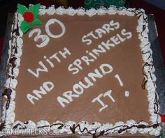 Cake fails are pretty common, but cake decorating fails mostly in case of inscriptions can be seen as cake disasters. Find these birthday cake fails out and enjoy. These cake fails are awesome. Cake Wrecks, History Of Baking, Epic Cake Fails, Epic Fail, Cake Disasters, Bad Cakes, Crazy Cakes, Baking Fails, 21st Cake