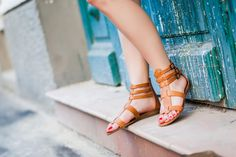 Bata brown/tan gladiator sandals from the Bata Romania Spring/Summer collection. Modelled by @PolishingColors a fashion blogger from London. http://www.polishingcolors.com #batashoes #streetstyle