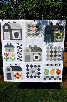 Quilty Barn Along by Pleasant Home, via Flickr. Bee in My Bonnet's free pattern....maybe a sampler with B/W blocks