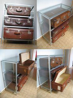 GINO VENNARUCCI Comò di valigie