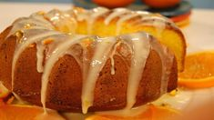 Orange cake with peel Food Cakes, Great Desserts, Delicious Desserts, Churros, Sweet Recipes, Cake Recipes, Orange Recipes, Portuguese Recipes, Homemade Cakes