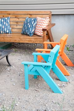 Create the perfect backyard seating with these Easy DIY kids patio chairs. The chairs are perfect for toddlers and kids to have their own space in the yard. Lightweight, but hard to tip over. Get he free build plans today! Housefulofhandmade.com Free Bu