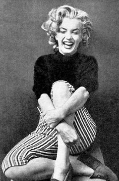 <3 such a great laugh. Marilyn Monroe 1953 photographed by Ben Ross.
