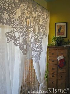 Curtain Ideas: Snowflake curtain DIY  #snowflake patterned curtains #paper snowflake curtain #pinterest snowflake curtain
