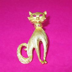Rhinestone Cat Pin Vintage Brushed Gold & Pink by baublology