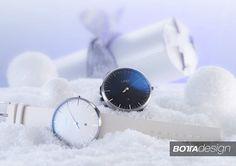 Unsere Weihnachtsaktion: Ein Geschenk extra  ein Stressfaktor weniger. Ab sofort gibt es bei jeder Uhrenbestellung ein zusätzliches Lederband gratis dazu. Diese Aktion gilt während der Vorweihnachtszeit.  Zusätzlich haben wir das Rückgaberecht bis zum 31.01.2017 verlängert. So könnt Ihr oder Euer Beschenkter in aller Ruhe entscheiden ob Ihr Eure neue Botta-Uhr behalten oder zurücksenden möchtet. Wir übernehmen auch die Versandkosten. In diesem Sinne wünschen wir Euch eine frohe und…