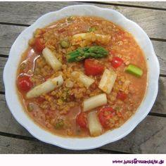 Linsensuppe mit Spargel und Tomaten unsere Linsensuppe mit Spargel und Tomaten ist köstlich und schnell gekocht vegetarisch vegan laktosefrei glutenfrei