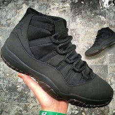 cheap nike shoes Pick it up! cheap nike shoes outlet and all only Cute Shoes, Me Too Shoes, Basket Style, Jordan Swag, Air Jordan Shoes, Jordan Sneakers, Nike Sneakers, Sneakers Fashion, Nike Free Shoes
