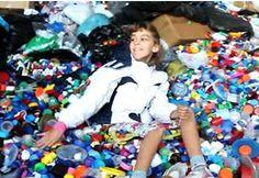 La fiebre de los tapones de plástico solidario contra las enfermedades raras