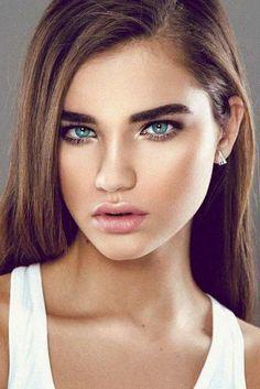 13 Best Natural Makeup Ideas for Any Season #Fashion  https://seasonoutfit.com/2018/02/19/13-best-natural-makeup-ideas-season/
