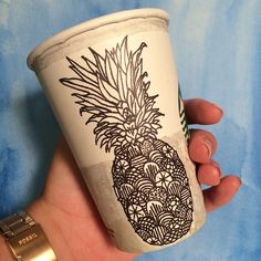 Pineapple sharpie zentangle on a @starbucks cup!