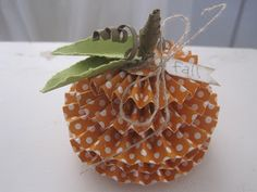 How stinkin' cute is this!? You could make an apple the same way. What a cute party favor!