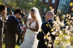 bride and groom at the alter, outdoor wedding ceremony   alexandria torpedo factory, michelle lindsay photography