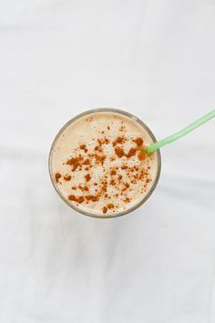 Peanut Butter and Apple Smoothie by Lindsey Johnson {Cafe Johnsonia}, via Flickr