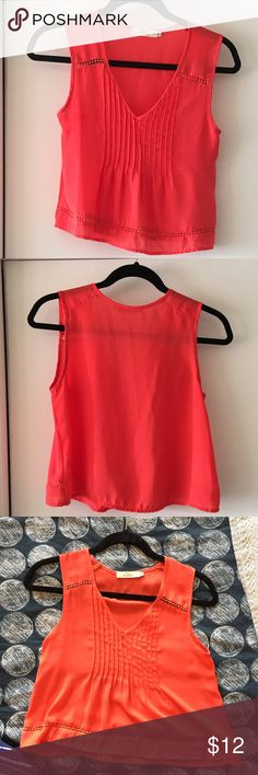 """V neck Cami V neck Cami, slightly cropped length. Measures 15"""" across at bust and 18.5"""" long. 100% polyester. EUC, no stains or flaws. Smoke free home. Offers welcome. NO TRADES! Fast shipping! Forever 21 Tops Camisoles"""