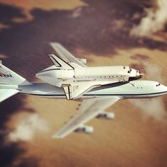 Space Shuttle Discovery to Fly Over Washington Metro Area April 17