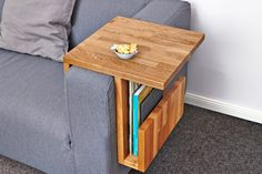 Couch-Caddy im Eigenbau Cheap Home Furniture, Bedroom Furniture Sets, Shabby Chic Furniture, Wood Furniture, Furniture Design, Bedroom Sets For Sale, Shabby Chic Dining Room, Wooden Pallet Projects, Wooden Diy