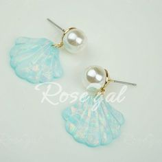 Pair of Fashion Shell Shaped Pendant Faux Pearl Earrings For Women