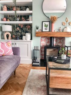 Family Dining Rooms, Cottage Living Rooms, Living Room Shelves, Dining Room Walls, New Living Room, Home And Living, Living Room Decor, Living Room Inspiration, Home Decor Inspiration