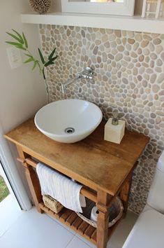 Rustic Bathroom Designs, Bathroom Design Small, Baths Interior, Bathroom Interior, African House, Downstairs Toilet, Tiny Bathrooms, Bathroom Organisation, Bedroom Decor