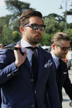 Urban Street Style, Navy Cotton Suiting, Men's Spring Summer Fashion.