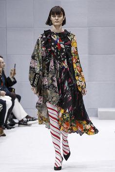 Balenciaga Ready To Wear Fall Winter 2016 Paris - NOWFASHION