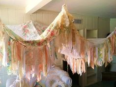 Hippie Bedding, Boho Bedding, Bedding Sets, Shabby Chic Curtains, Vintage Curtains, Boho Bedroom Decor, Boho Decor, Trendy Bedroom, Bedroom Ideas