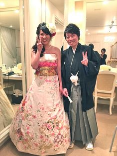 07fba672c95 Japanese Brides Are Transforming Furisode Kimonos Into Stunning Dresses