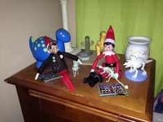 Elf in the shelf