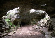 Exploring the Caverns and Caves in Texas
