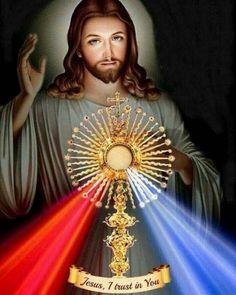 Sacred Heart of Jesus have mercy on Us Jesus Our Savior, Heart Of Jesus, Jesus Is Lord, Catholic Pictures, Pictures Of Jesus Christ, Divine Mercy Image, Divine Mercy Chaplet, Image Jesus, Jesus Photo