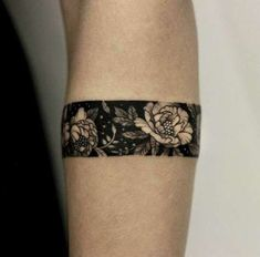 Armband tattoo became a very popular style in the past few years. If you're looking for a perfect armband tattoo - check out this collection! Wrist Band Tattoo, Cuff Tattoo, Forearm Band Tattoos, Wrist Tattoos For Guys, Tattoo Bracelet, Small Wrist Tattoos, Tattoos For Women, Arm Band Tattoo For Women, Tattoo Thigh