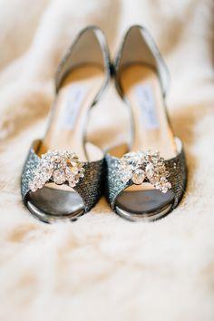 wedding shoes idea; photo: Jacob & Pauline Photography