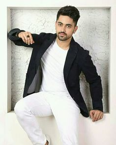 Are you finding Height, Weight, Wiki, Age, Family Biography etc of Zain Imam? Imam Image, Zain Imam Instagram, Handsome Indian Men, Swag Boys, Look Man, Photography Poses For Men, Boys Dpz, Indian Man, Stylish Boys