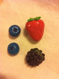 Berry Medley Magnets by LizandSara on Etsy, $6.00
