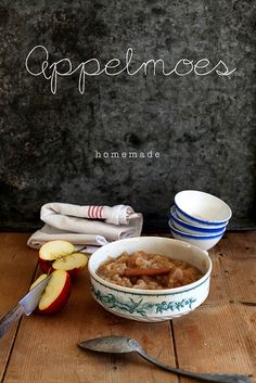 Applesauce, and I would eat it with gravy on top, sweet and salty back in the day. Dutch Recipes, Sweet Recipes, Typical Dutch Food, What's For Breakfast, Sweet Memories, Sweet And Salty, Different Recipes, Food For Thought, Food Photography