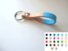 Custom Color & Personalized Leather Keychain  Hand von madebyperri