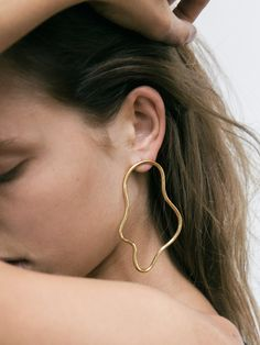 Minimalist jewellery the perfect accompaniment to the Alfie Douglas UK collection