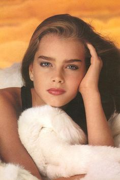 Brooke Shields - For the film 'Pretty Baby' in a photo by Gary Gross, 1975 Beautiful Celebrities, Beautiful Actresses, Brooke Shields Young, Brooke Shields Pretty Baby, Beautiful Eyes, Beautiful Women, Vaquera Sexy, Shotting Photo, I Love Cinema