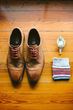 Groom's accessories- brown oxfords, striped socks, boutonniere.... Photo by Kati Rosado Photography