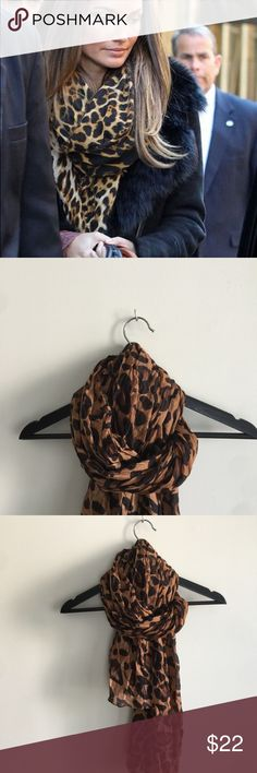 🖤🐆leopard scarf 🐆🖤 In perfect condition no holes or stains Accessories