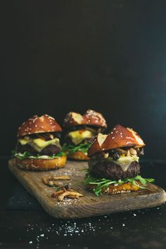Sliders are the ultimate way to eat more than one burger and not feel guilty. These lamb sliders are topped with exotic mushrooms & goats cheese. Gormet Burgers, Cheese Patties, New Recipes, Favorite Recipes, Stuffed Mushrooms, Stuffed Peppers, Food Crush, Hamburger Recipes, Gourmet