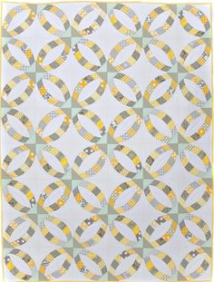 Metro Rings quilt by Helen Robinson, design by Jenny Pedigo. 2016 Road to California class.