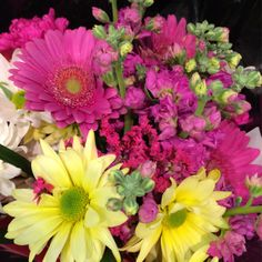 Yellow and Pink Daisies bring such a nice pop of color to your home. Pennsville display. #ACMEMarkets
