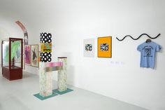 VD SELECTED : THOMAS DUNCAN GALLERY