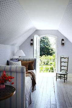 Carrier and Company Positively Chic Interiors #blueandwhite