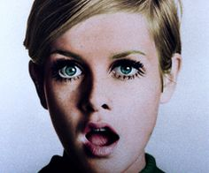 Love her eye color! #blue #Twiggy #Fashion