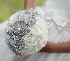 diy brouche bouquet with flowers   Brooch Bouquets