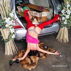 IN EXTREMIS - bodies with no regret est une excellente série imaginée par le photographe Sandro Giordano, qui immortalise des chutes drôles et improbables