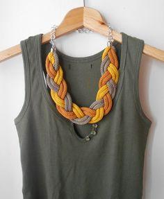 Collana treccia tricot color giallo oro e bronzo di ImmaArtDesign su Etsy